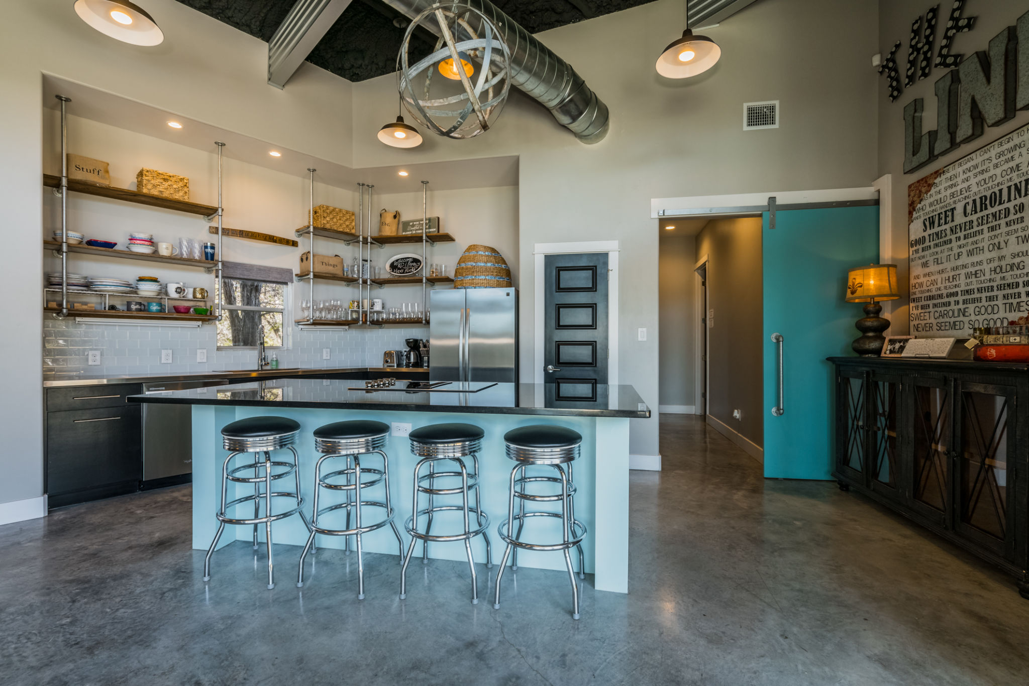 Texas Hill Country Eclectic, Modern, & Chic Boutique Hotel & Venue ...