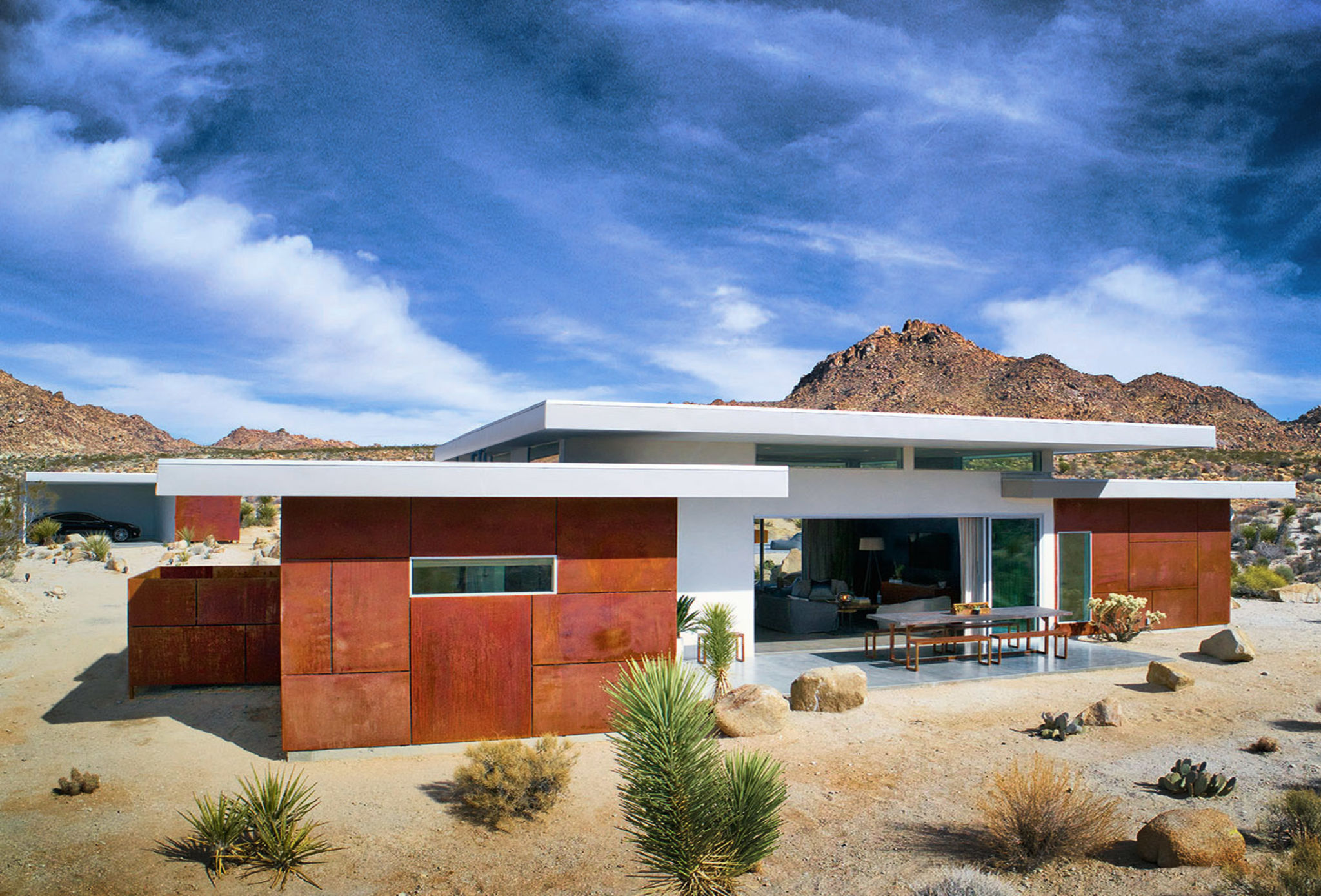 SkyHouse Joshua Tree: Private Villa with Pool/Spa