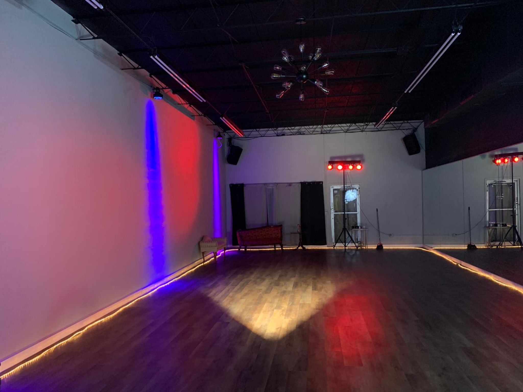 Loft Studio Dance Space Art Fashion District Hallandale Beach Fl Production Peerspace
