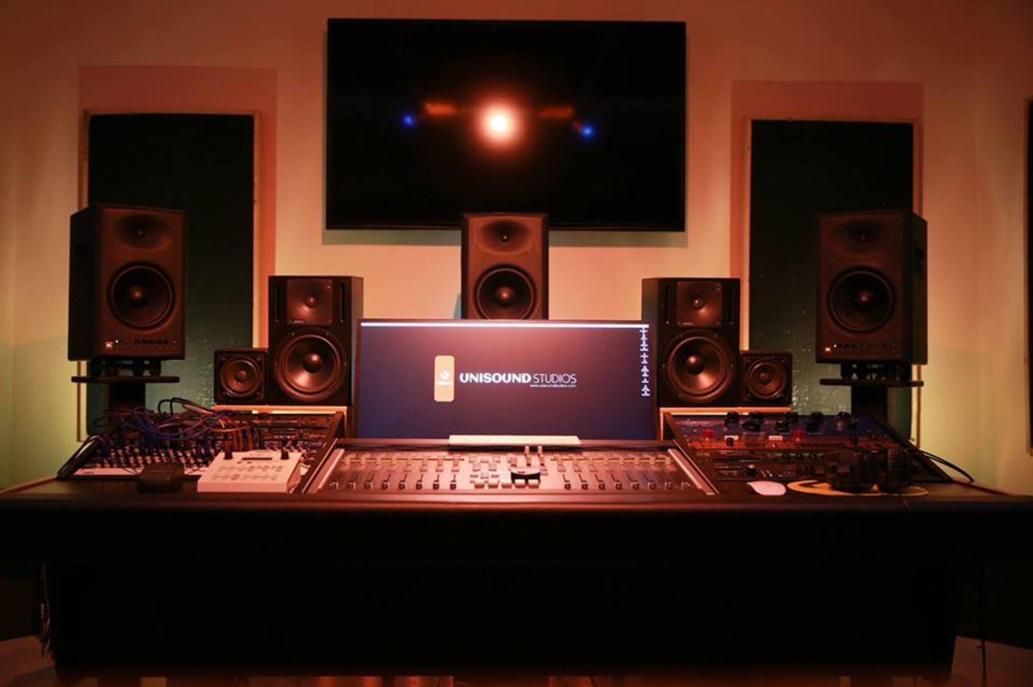 Private Audio/Music Production Studio - Film/TV