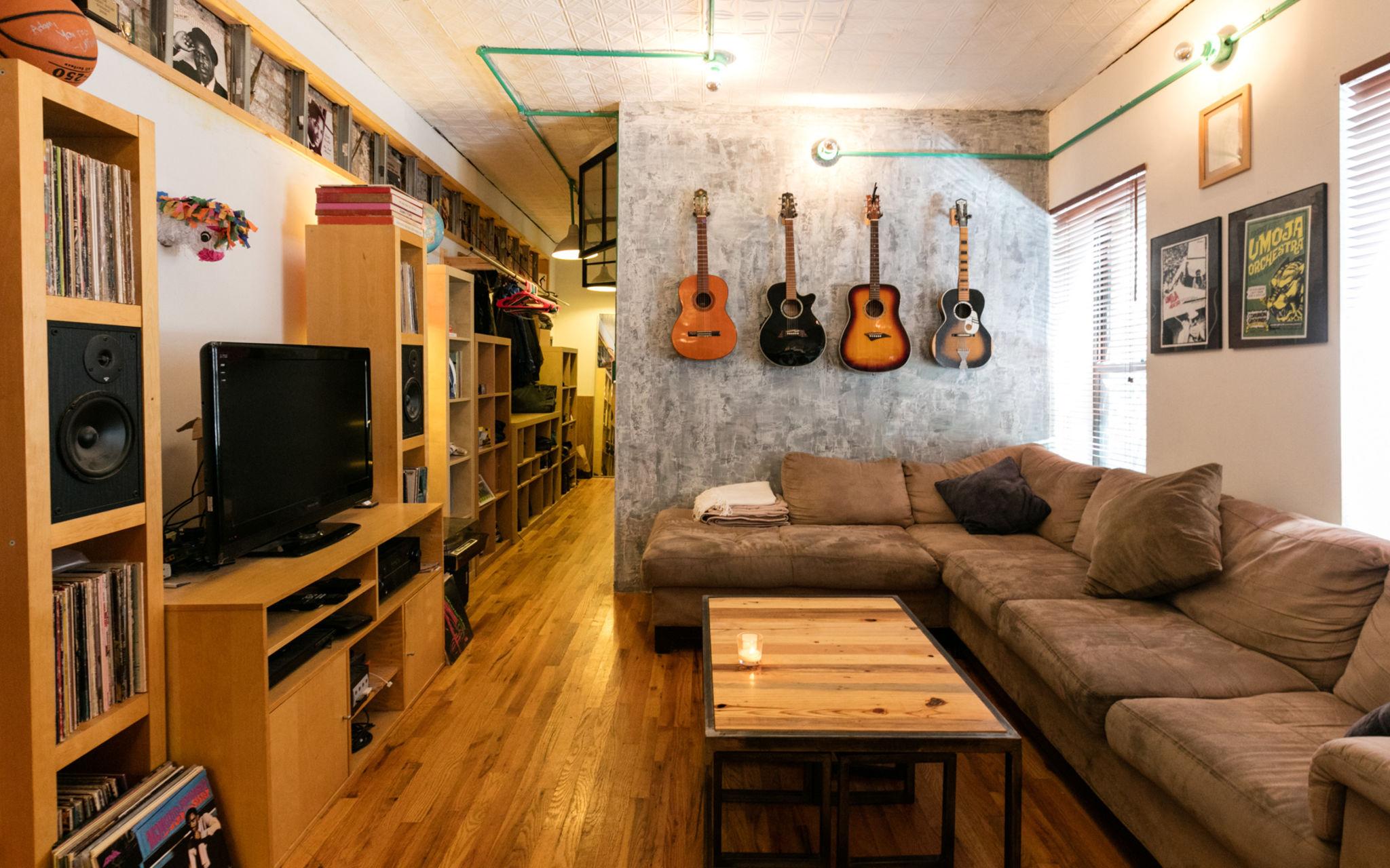 Custom Renovated Brooklyn Studio W Amazing Kitchen And Converted Brick Garage