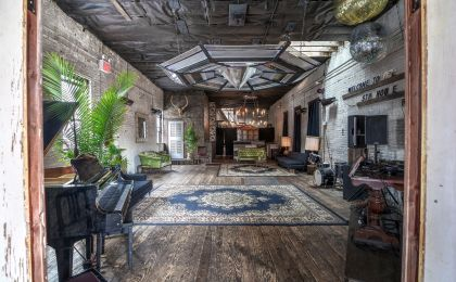 Access a collection of unique, undiscovered locations for all your needs including film shoots, castings, table reads, screenings and more.