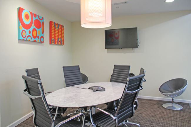 Perfect Meeting Room For Up To Times Square Room B NEW YORK NY - 6 person conference table