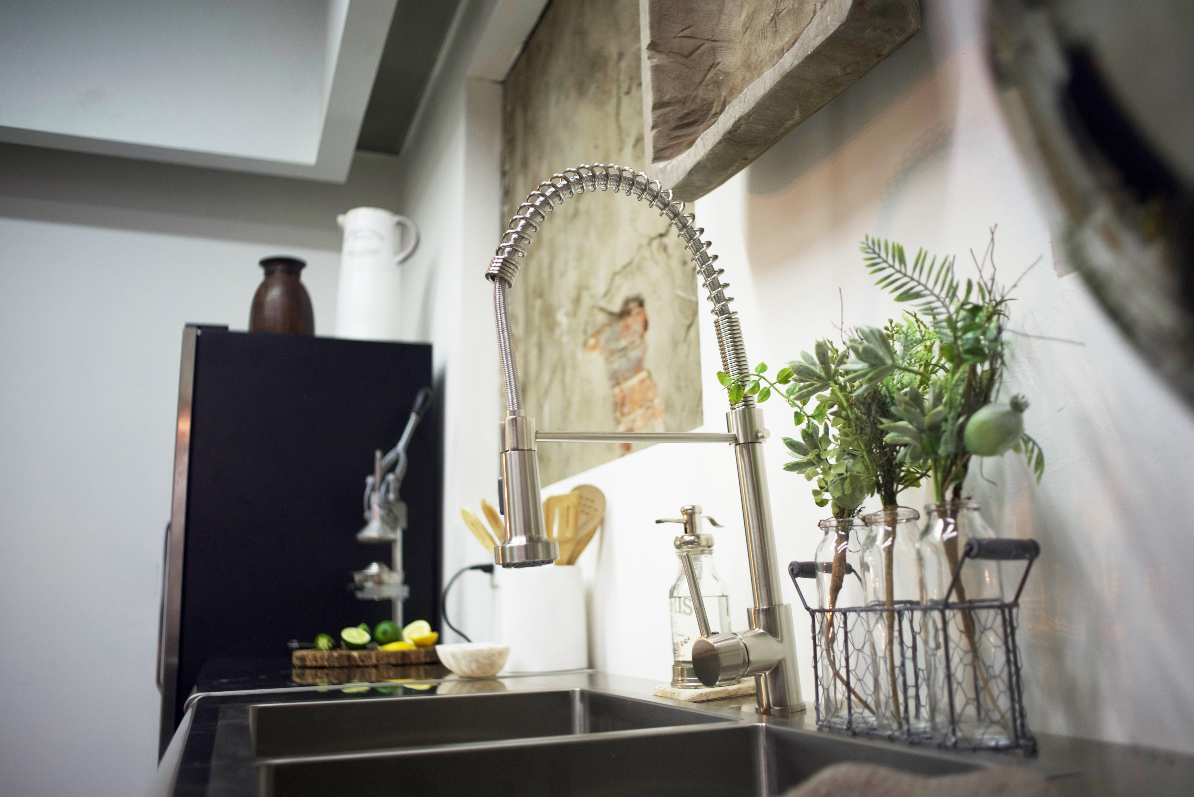 Downtown Nashville Loft with Amazing Industrial Glam Design - Stay ...