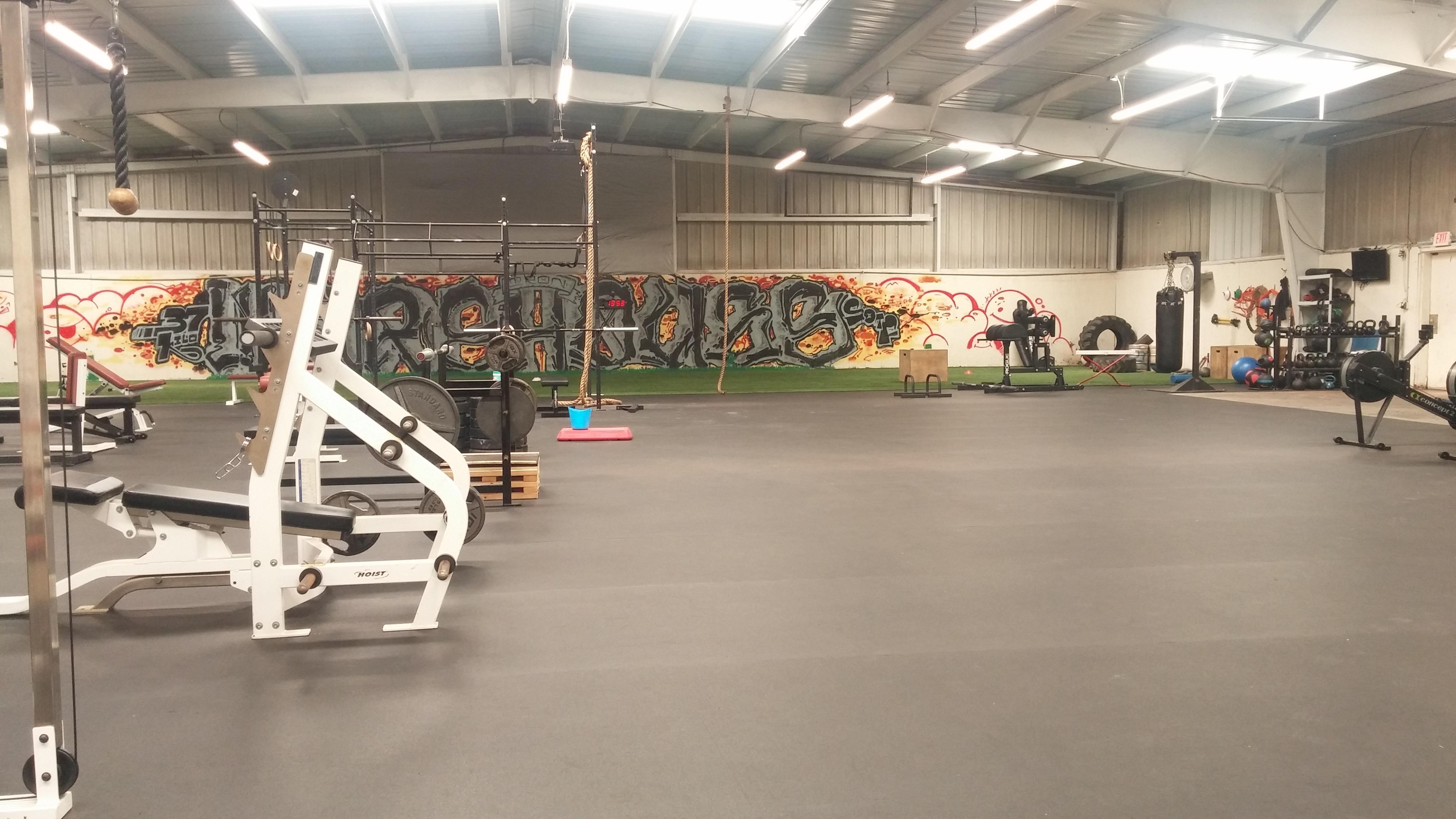 Urban garage style fitness facility newark ca production