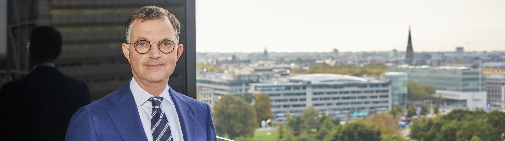 Frank Oranje, notaris Pels Rijcken