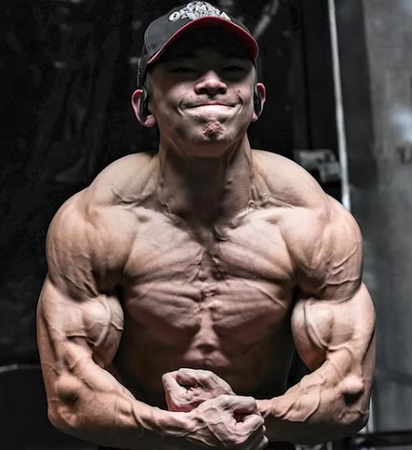 Tristyn Lee—5% bodyfat