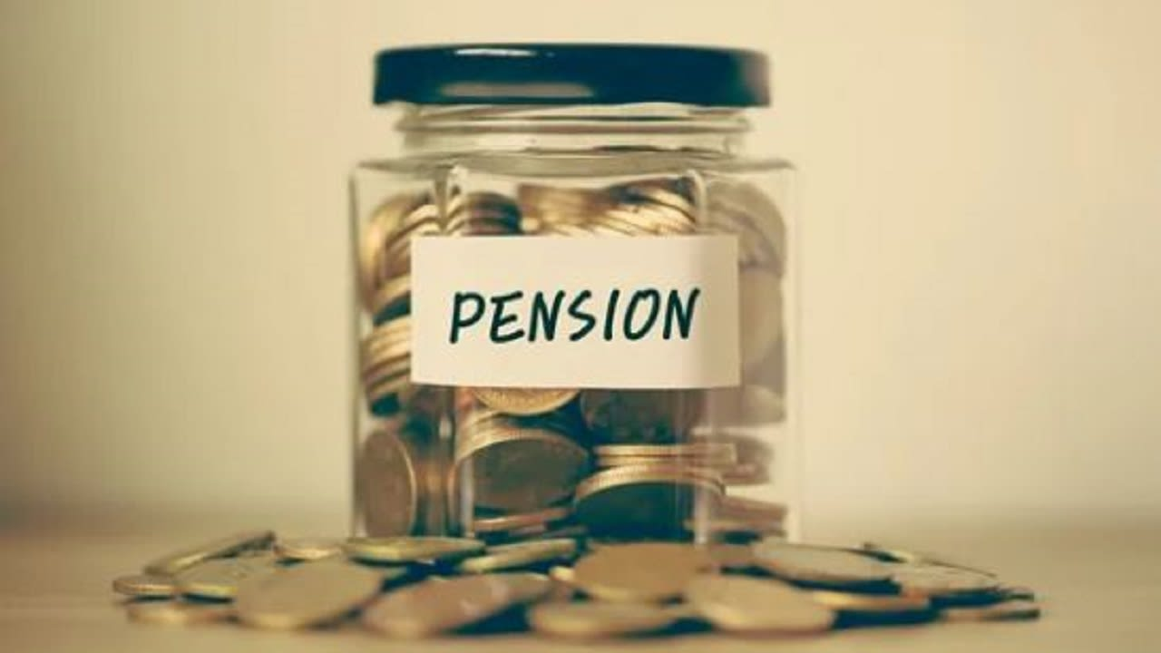 'Govt. staff who resign ineligible for pension'