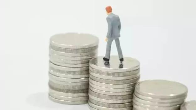 IITs & IIMs bag 137% & 121% higher salary packages