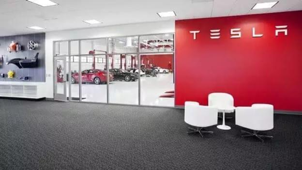 Tesla gets a new Boss