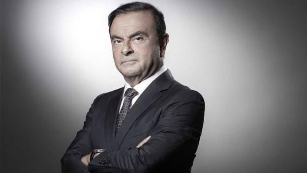 Carlos Ghosn remains director of Renault