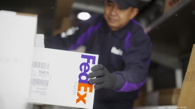 FedEx scraps employee bonus for FY 2019
