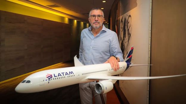 LATAM Airlines CEO resigns after 25 years