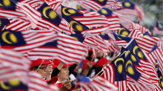Overcoming economic challenges with a restructured & united Malaysia