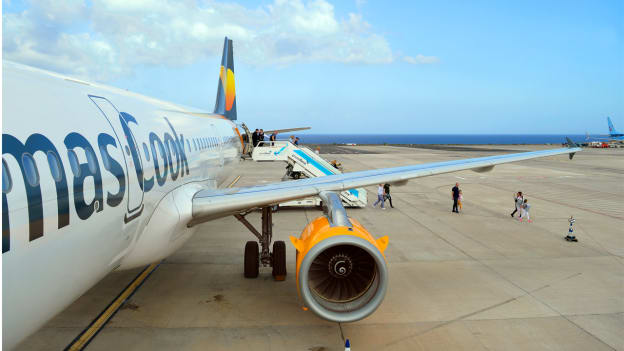 Thomas Cook collapses, 22,000 jobs at risk