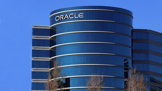 Oracle plans to hire 2,000 employees & expand its cloud business