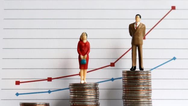 Women in Singapore earn 6% less than men: MOM study