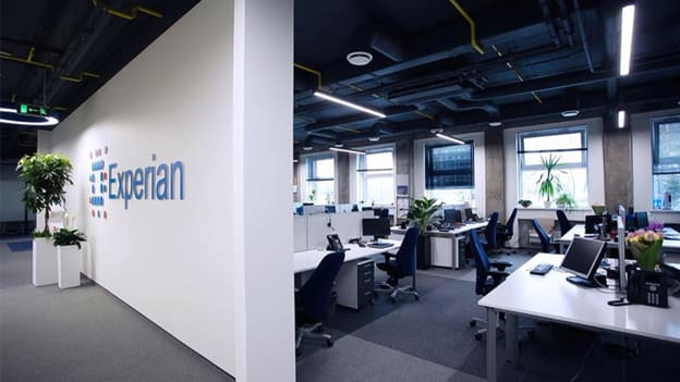 Experian to hire 2500 employees by 2024