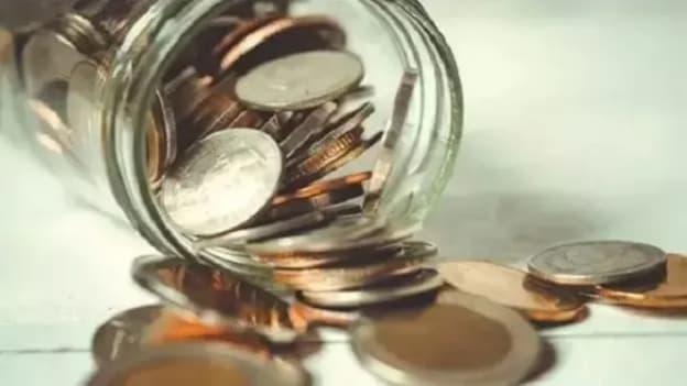 Delhi Govt seeks Rs 5,000 Cr aid to pay salaries