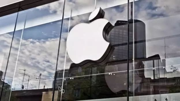 Apple's Diversity Chief resigns