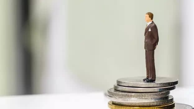 Employees want higher fixed salary even if their overall pay reduced: Report