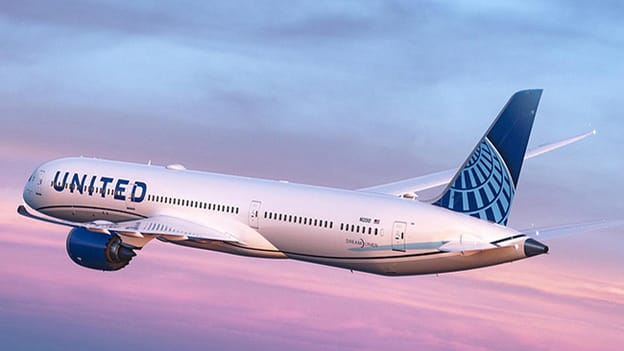 United Airlines says no merit to vax mandate exemption claims by employees