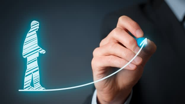 Workforce and salaries to increase in 2016: Michael Page report