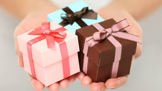Offer options while giving gifts at the workplace