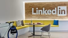 LinkedIn signs MOU with Govt to generate more jobs for students