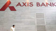 Axis Bank acquires FreeCharge for Rs 385 crore
