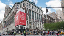 Macy to hire 80,000 seasonal employees