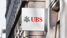 UBS to restructure its business, 500 jobs at risk