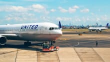 United Airlines to fire hundreds of workers who refused COVID-19 vaccine