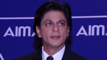 Shah Rukh Khan has a social escape!