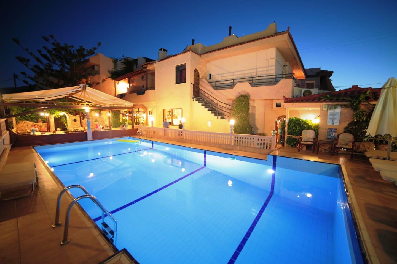 Séjour Iles Grecques - Erato Hotel 3*