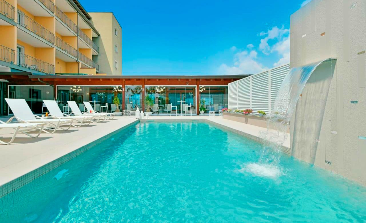 Voyage Europe - Best Western Hotel Ferrari 4*