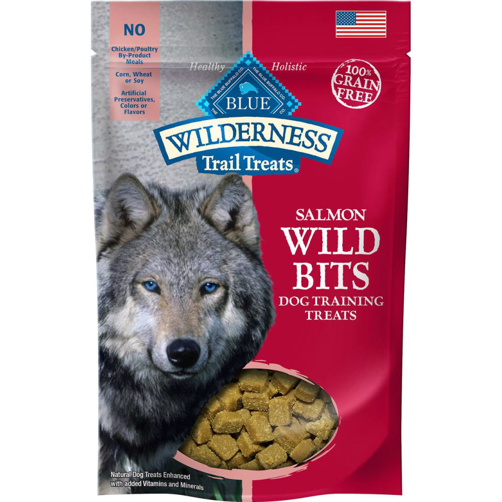 Blue Buffalo - Wilderness Trail Treats Salmon Recipe Wild Bits Training Treats Grain-Free Dog Treats, 4oz