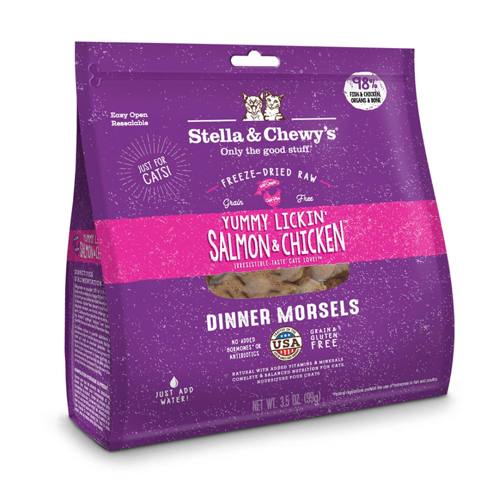 Stella & Chewy's - Yummy Lickin' Salmon & Chicken Grain-Free Freeze Dried Cat Food