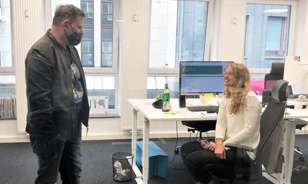 Zu Besuch bei Pflegix: Andreas Birger Knabe und Marco Hannig sind als freiberufliche Pflegekräfte tätig und unterstützen Menschen im Alltag