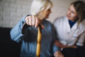 Häusliche Pflege: Drei hilfreiche Tipps, wie Sie Pflegeleistungen bestmöglich in Anspruch nehmen