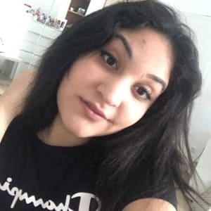 Profil-Bild von Esra B.