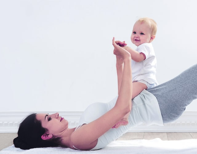 6_magic_moves_for_shaping_up_post_pregnancy_banner_d_1600x460.jpg