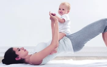 6_magic_moves_for_shaping_up_post_pregnancy_vertical_teaser_d_350x220_v2.jpg