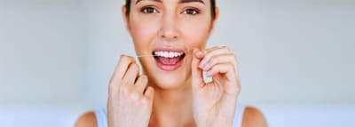 The Benefits of Flossing Your Teeth article banner