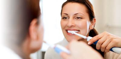 How Electric Toothbrushes Help Prevent Bad Breath article banner