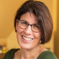 Elaine Crivelli