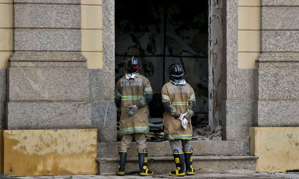CAU/SP lamenta incêndio do Museu