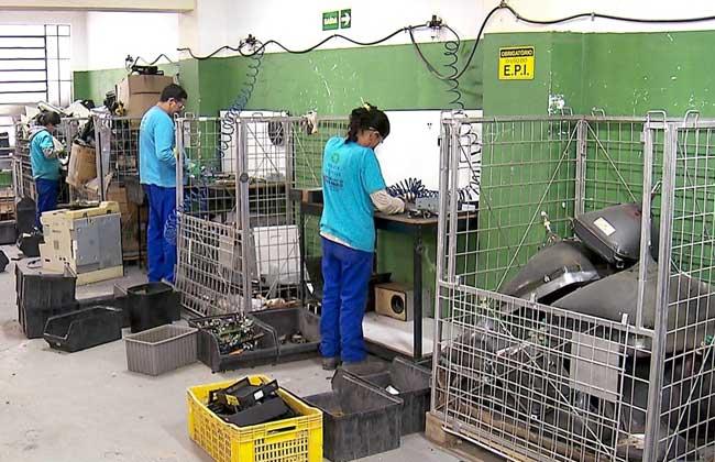 Cooperativa para reciclagem de eletrônicos