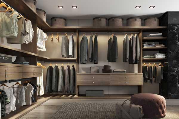 Modelo de closet bem organizado