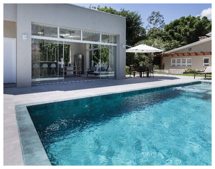 Portinari protagoniza em projetos de piscinas